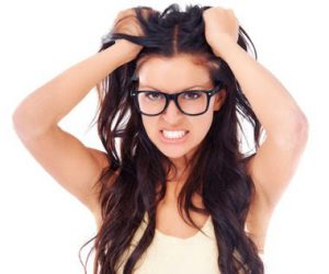 5 Natural Hair Care Tips For Oily Hair