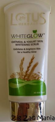 Lotus Herbals Whiteglow Oatmeal & Yogurt Skin Whitening Scrub Review