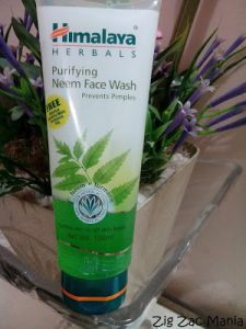 Himalaya Herbals Purifying Neem Face Wash Review