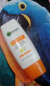 Garnier Sun Control Daily Moisturiser with SPF 15 Review