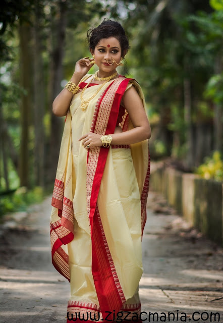How to drape a Sari in Bengali Style