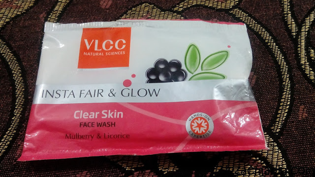 VLCC Insta Fair & Glow Clear Skin Face Wash Review