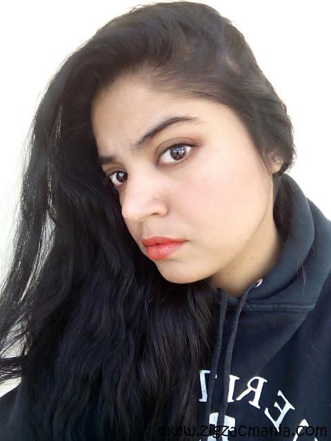 Girl in Elle 18 lipstick