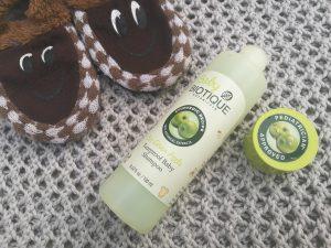 Baby Biotique Tearproof  Shampoo Review| Bio Green Apple