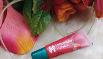 Himalaya Strawberry Lip Balm| Review & Swatch