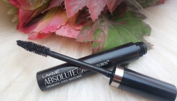Lakme Absolute Flutter Secrets Dramatic Eyes Mascara| Review & Swatch