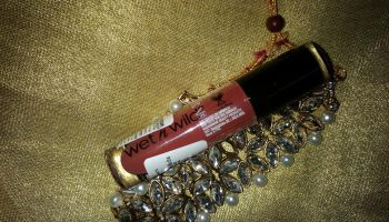 Wet n Wild Give Me Mocha MegaLast Liquid Catsuit Matte Lipstick| Review & Swatch