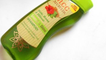 VLCC Ayurveda Smooth and Shine Shampoo|Review