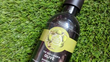 The Body Shop Olive Shower Gel| Review