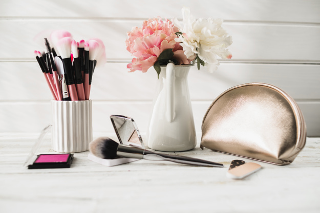 Makeup Kit (Products) Under 100 Rs