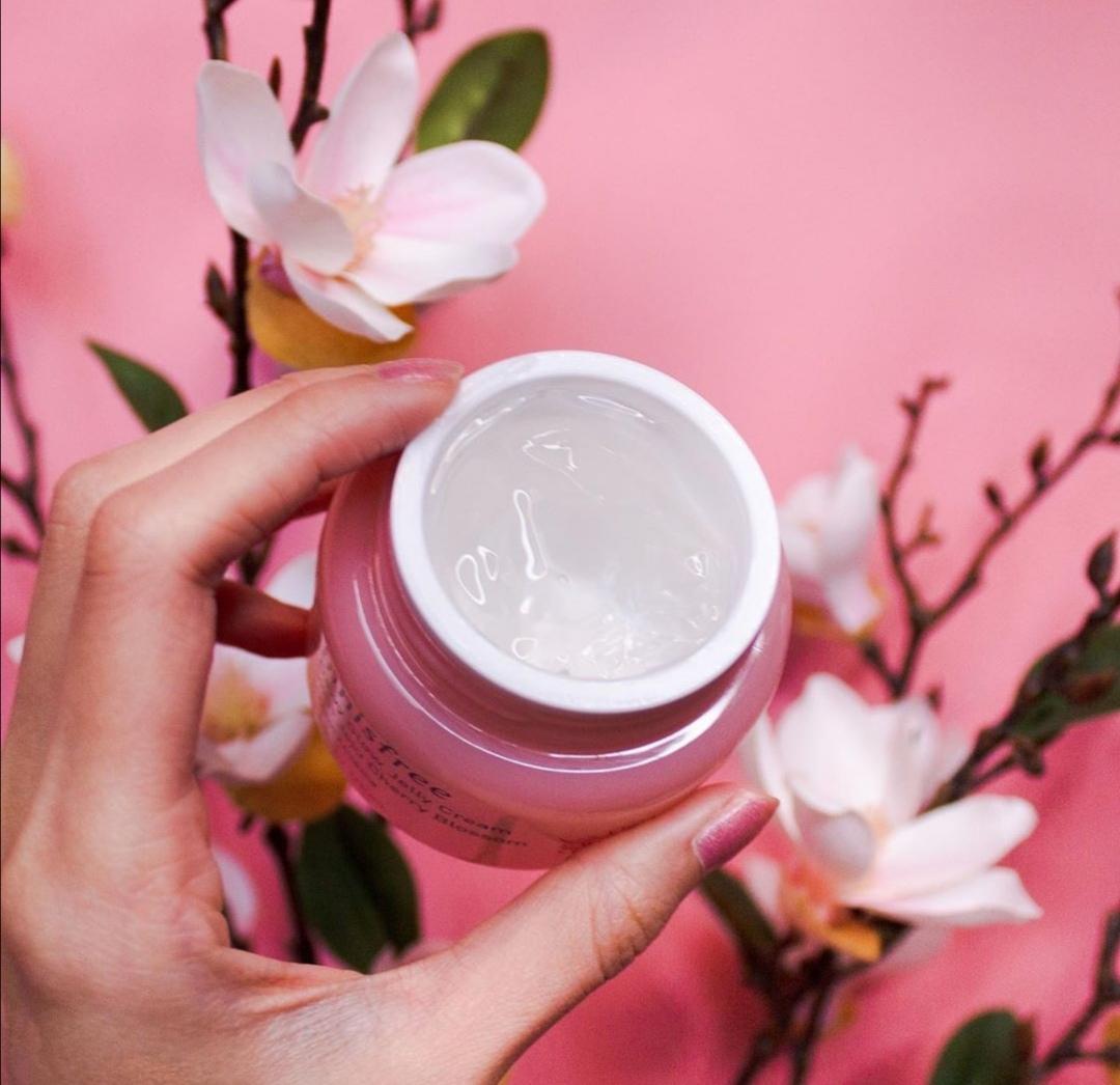 Innisfree Dewy Glow Jelly Cream